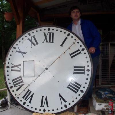 Une des horloges de l'Eglise rénovée
