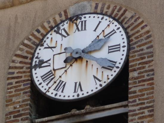 les horloges de l'Eglise en rénovation